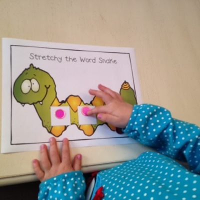 Stretchy the Word Snake mat: Stretching Sounds in words